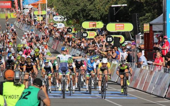 Melissa Hoskins wins TDU Stage 2 - by Nikki Pearson